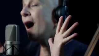 """שיר עד - רבקה זהר ולירון לב - """"לאט כהולם הלב"""", מתוך """"קולו של הלב"""" - חידושים לשירי לאה גולדברג"""