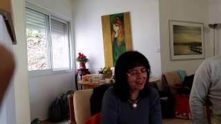 הללי - אביבה גולן קוראת במפגש תיאוסופיה במעגן מיכאל