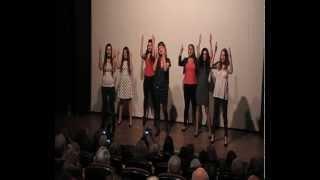 אשת חיל חובקת עולם - אילנה טובים ולהקת קולות בתנועה בסינמטק חיפה